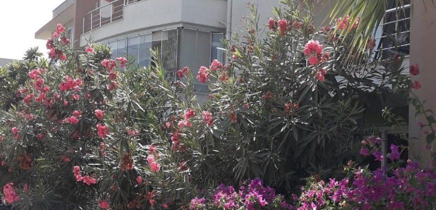 DALAMAN'DA YÜZME HAVUZLU SİTEDE 2+1 DAİRE
